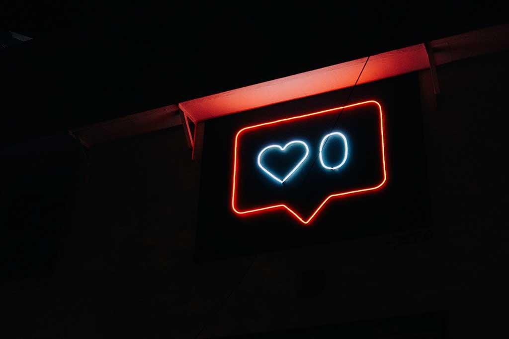 instagram-neon-likes